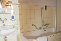 Waldhaus-Bettmeralp-Budget-Doppelzimmer-8